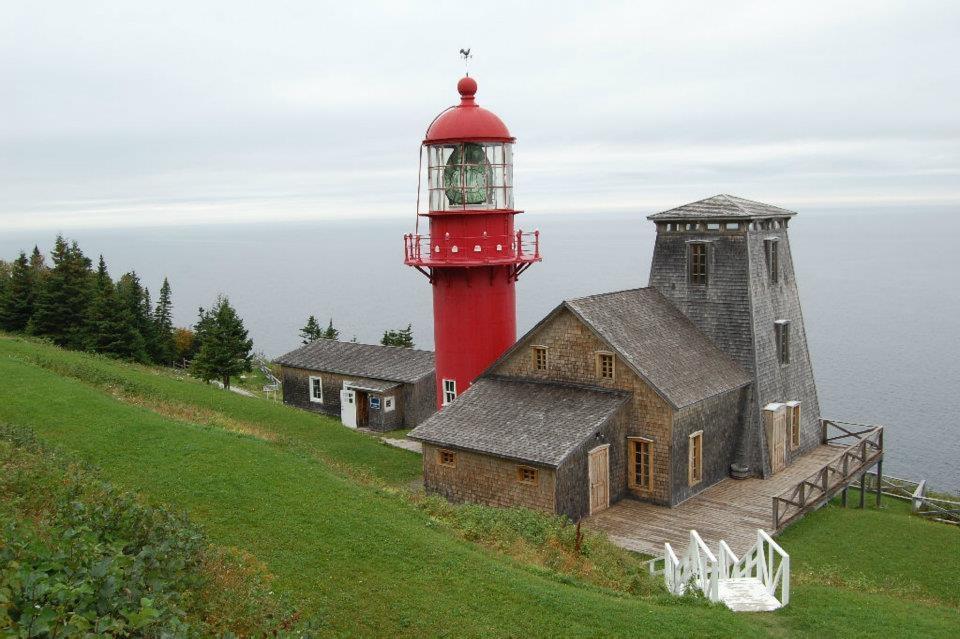 6 - Gaspésie - QUEBEC_Phare_Pointe_la_Renommee_XDR