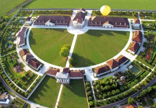 saline-royale-d-arc-et-senans-a-proximite-du-pays-horloger-4-170693